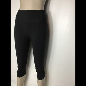Lululemon ebb to street black crop pants size 4